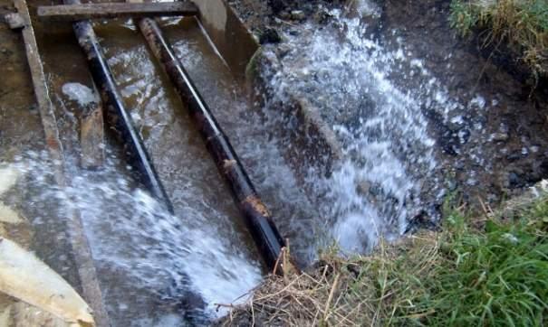 В Горловке из-за прорыва водопровода остались без воды 42 тысячи человек