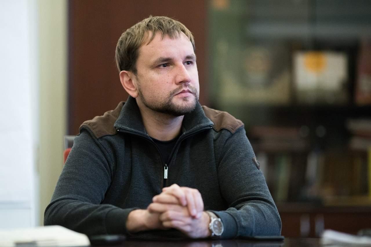 Вятрович считает, что нужно перезахоронить выдающихся украинских деятелей, в том числе и Бандеру