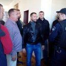 Стычка в Житомирском облсовете: Активистов не пускали на заседание