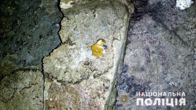 Мощный взрыв во Львовской области: неизвестный бросил гранату в фонтан