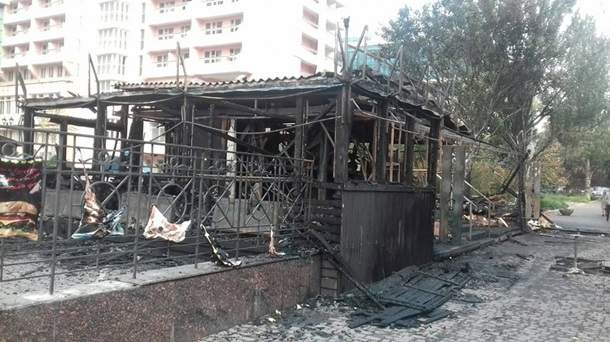 В Одессе в результате серьёзного пожара было уничтожено кафе