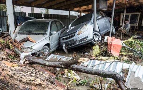 Наводнения в РФ: Погибли 6 человек