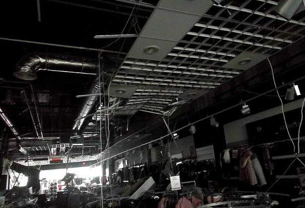 В Польше в одном из ТЦ обвалился потолок. Пострадали 7 человек