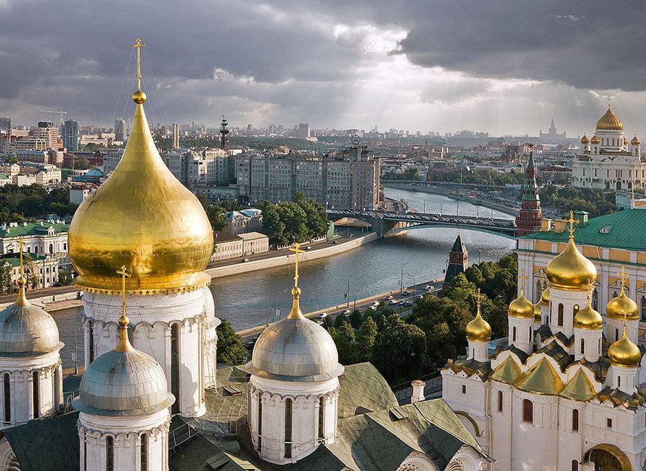 Лучшие гиды и экскурсионные туры в Москве