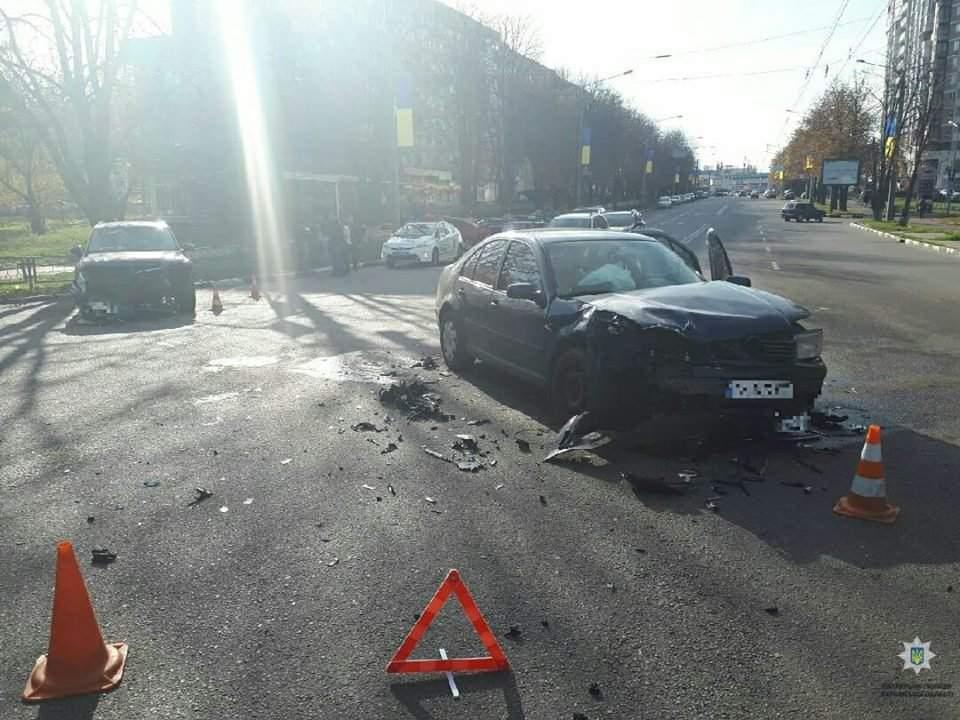 В Харькове произошло серьёзное дтп с пострадавшими