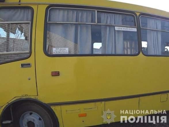В Киевской области 15-летняя девушка выпала из маршрутки