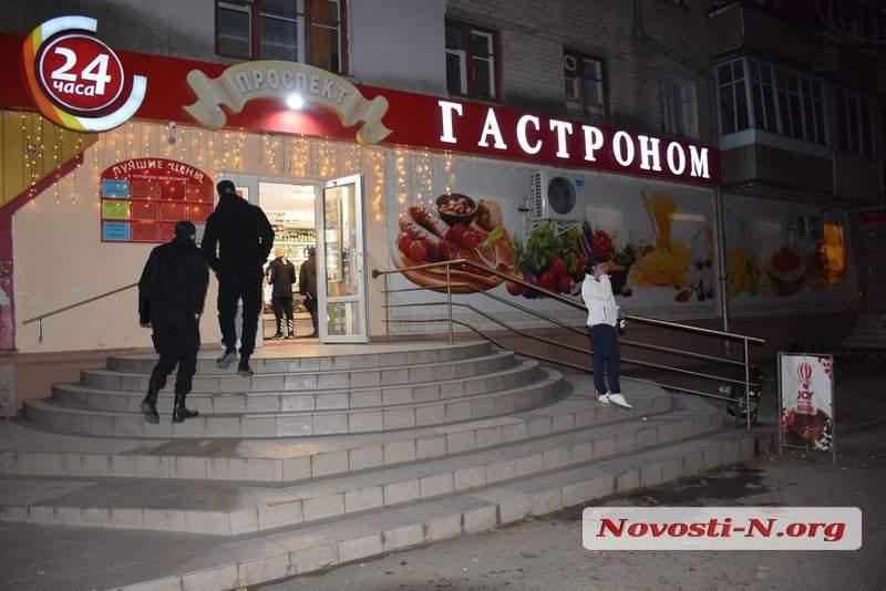 Жуткие подробности николаевской поножовщины: Ревнивица ходила за ножом домой