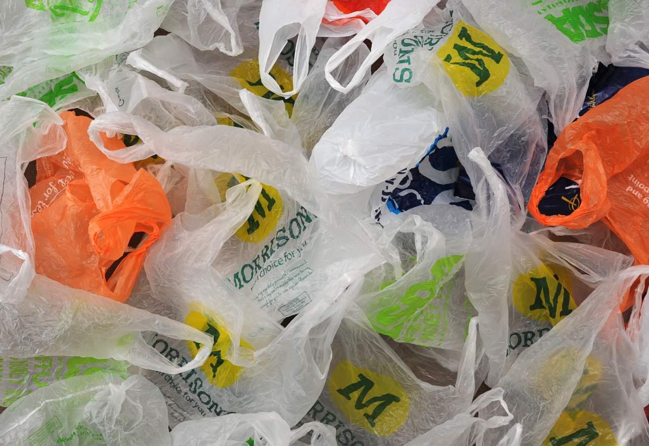 На Львовщине запретили полиэтиленовые пакеты