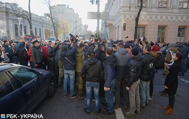 Во время митинга под ВР участники