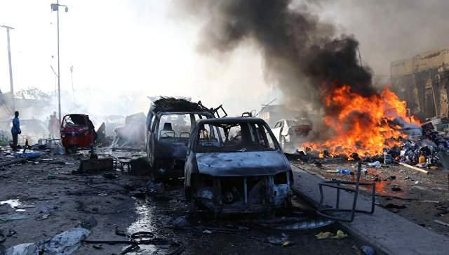В результате взрыва в Сомали погибли 17 человек