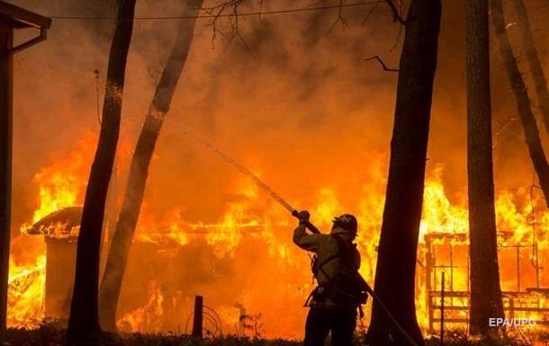 В результате пожаров в Калифорнии погибли 23 человека