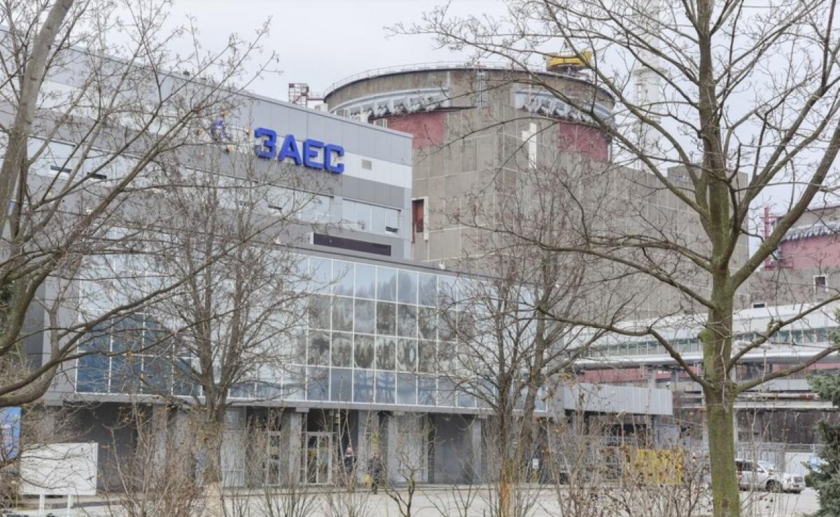 Запорожскую АЭС подключили к энергосети после длительного ремонта