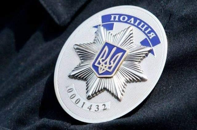 В Одессе офицер полиции требовал взятку от наркоманов