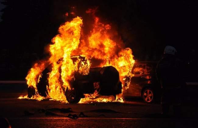В столице пылали 4 авто