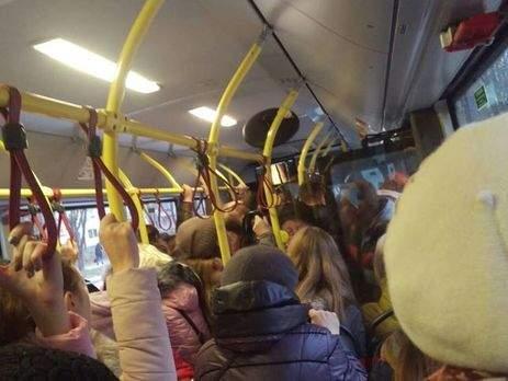 Из-за непогоды Житомир остался без общественного транспорта