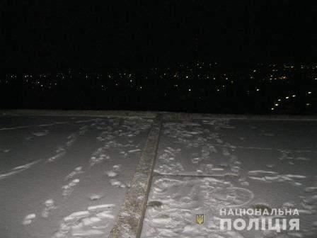 На Харьковщине подросток совершил жестокий суицид