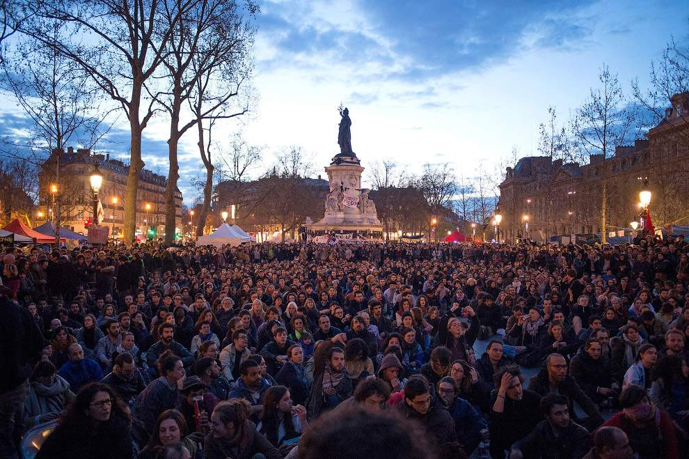 Во Франции могут ввести чрезвычайное положение из-за массовых протестов