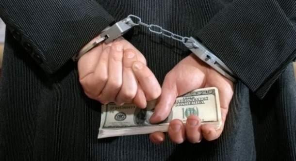 В Ивано-Франковске чиновник погорел на взятке