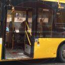 В столице пассажир из-за резкого торможения троллейбуса пробил головой стекло