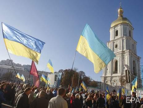 В столице тысячи людей вышли на объединительный собор