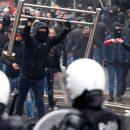 В Брюсселе между полицией и протестующими против миграционного пакта ООН произошли столкновения