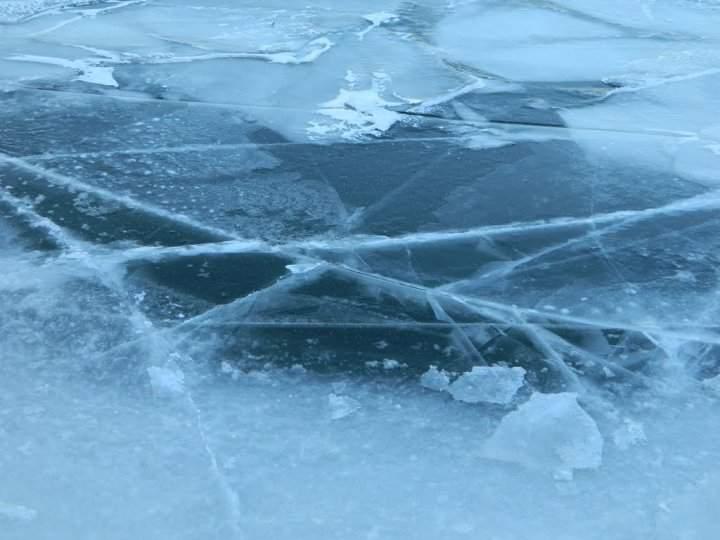 В Николаевской области без вести пропавшего мужчину обнаружили подо льдом