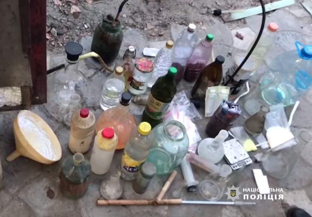 В Днепре обнаружили подпольную лабораторию (видео)