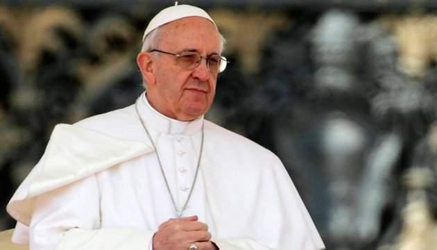 Папа Римский пожелал Украине мира