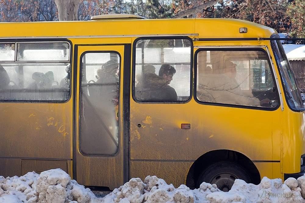 В Полтаве отменили половину автобусных рейсов из-за непогоды