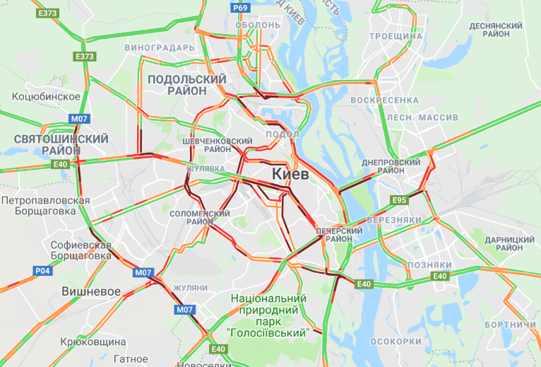 В Киеве парализовано движение из-за многочисленных пробок