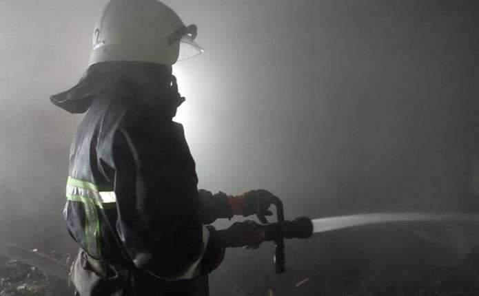 В Киеве в подвале многоэтажки загорелся мусор: погиб мужчина