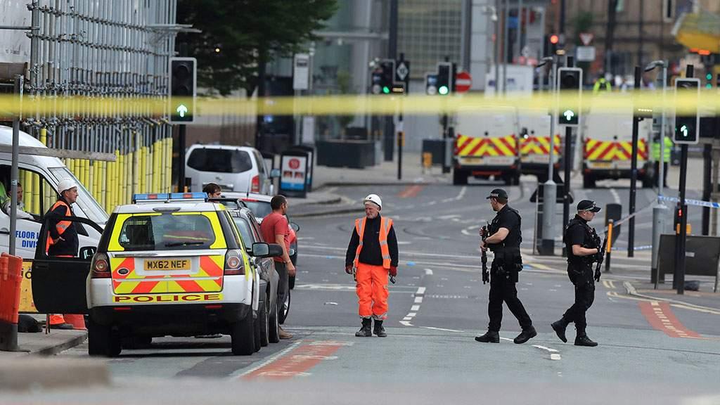 Резня в Манчестере: пострадали три человека, среди которых полицейский