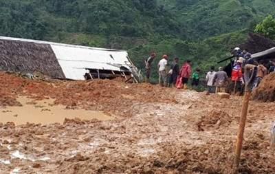 Оползни в Индонезии. Погибли 15 человек