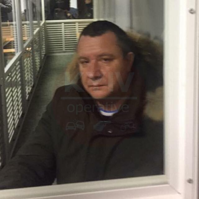 Врача требовавшего взятку у АТОшника отпустили под залог