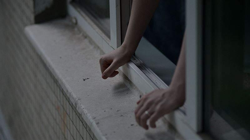 В Киеве девушка покончила с собой выбросившись с 23 этажа