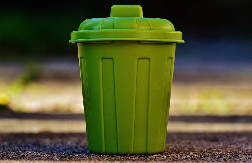 В Тернополе граждан обязали сортировать мусор