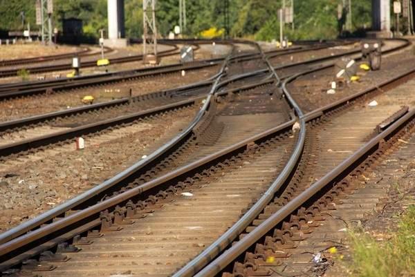 На Киевщине произошла авария на железнодорожных путях: Остановлено движение некоторых поездов