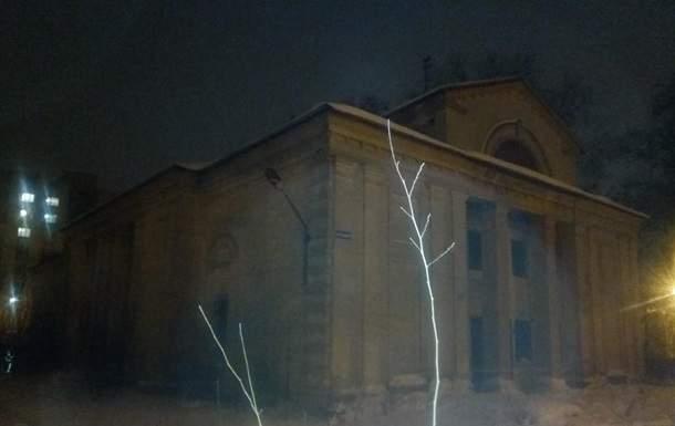 В Харькове под тяжестью снега рухнула крыша боксерского клуба