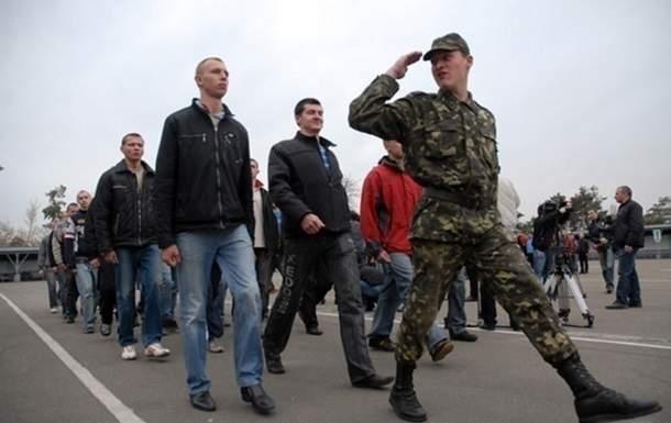 Порошенко утвердил сроки призыва на срочную военную службу