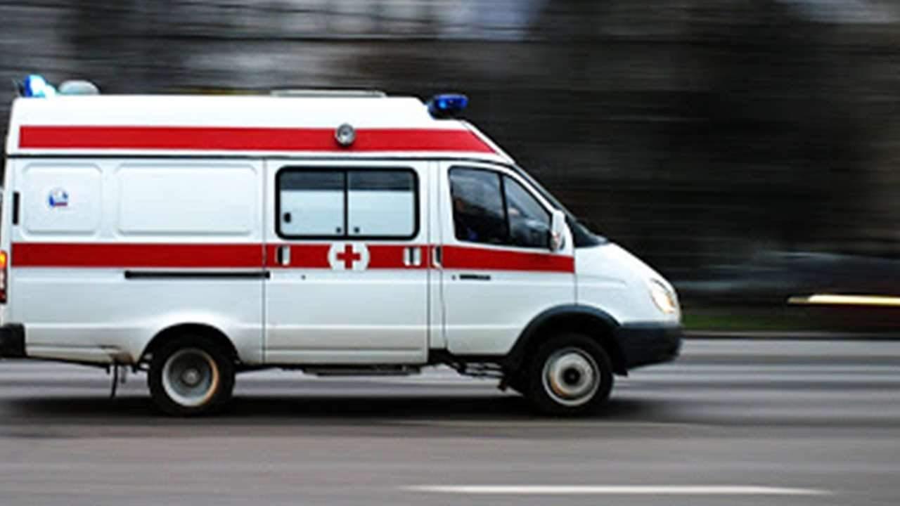 В Полтаве ребёнок попал в больницу из-за падения ледяной глыбы