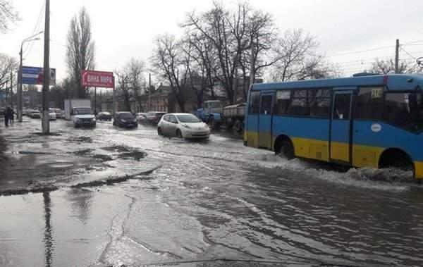 В Одессе из-за аварии произошло масштабное отключение воды