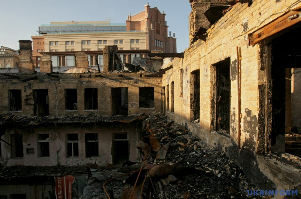 В Киеве вместо сгоревшего гастронома может появиться новый ТЦ