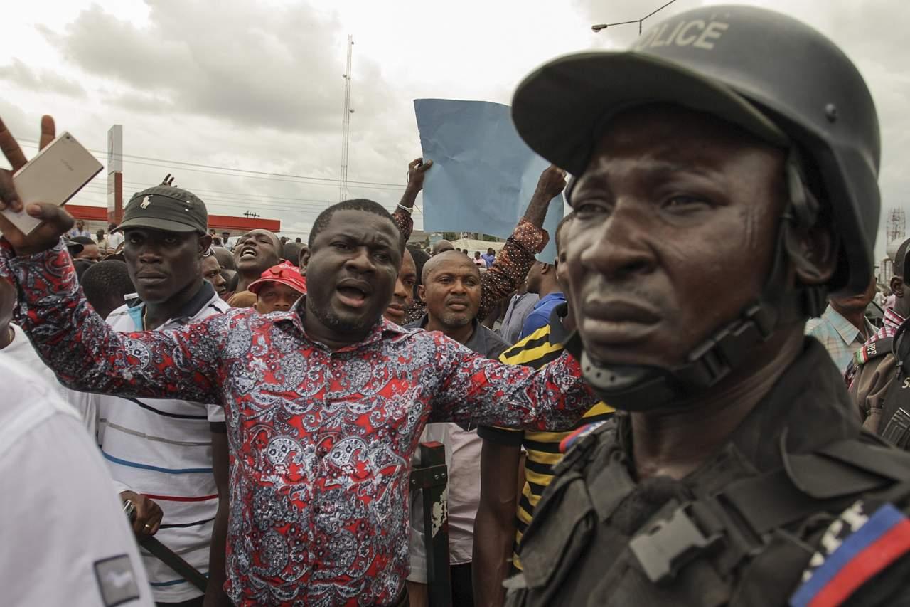 В Нигерии во время митинга в поддержку о переизбрании президента погибли 5 человек