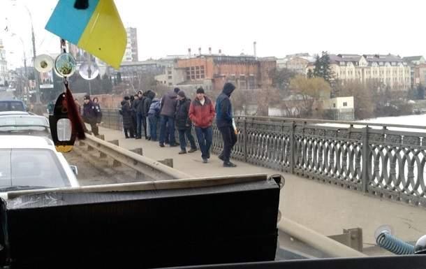В Виннице женщина под действием алкоголя спрыгнула с моста