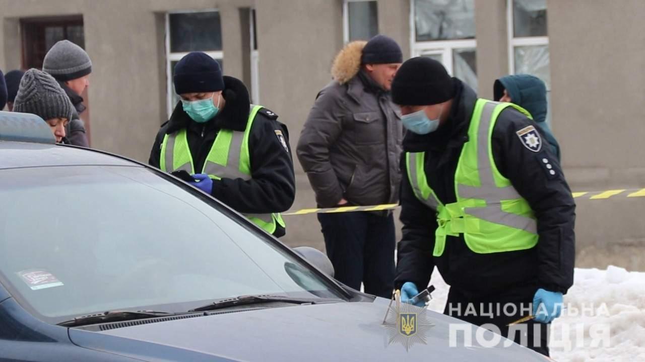 В Харькове мужчина средь бела дня убил мужчину и скрылся (видео)