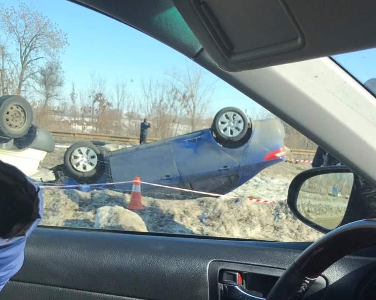 На Харьковщине столкнулись 5 авто. Есть погибшие