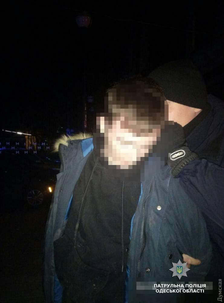 В Одессе произошли разборки с применением огнестрельного оружия (фото)