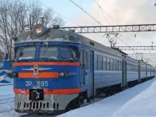 На Харьковщине подросток скончался под колесами электрички
