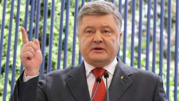 Порошенко не стал общаться с российскими журналистами и сделал жесткое заявление