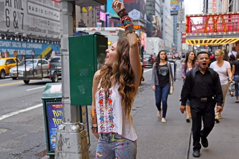 В Нью-Йорке запретили дискриминировать людей по их прическам или цвету волос